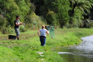 Местная ново-зеландскую рыбалку (за бабки).