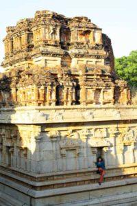 Местный Temple,