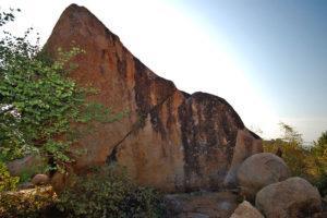 Камень (разминка 6А+/6В).
